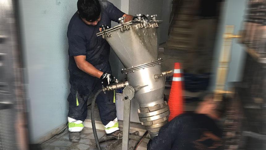 Reparación de tuberías sin obras con mangas